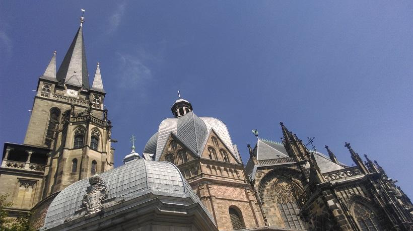 Das Foto zeigt eine Kirche