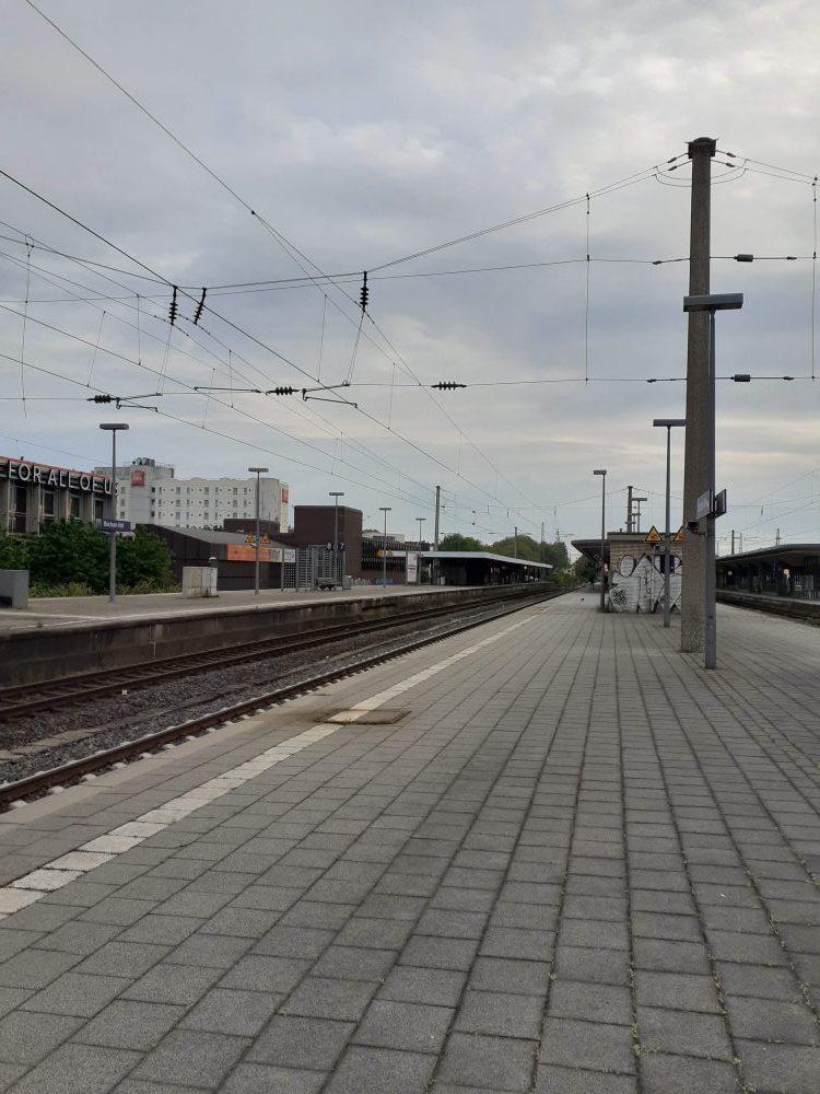 Bahnhof lebensfroh Ruhrgebiet